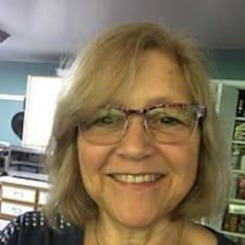 โพรไฟล์ผู้ใช้ Susan E