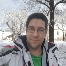 Raffiek User Profile