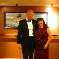 Alan & Maria Superhost házigazda.
