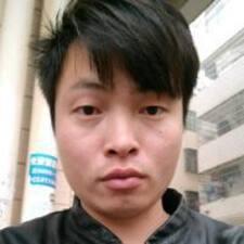 威 User Profile