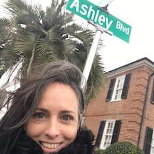 Ashleyさんのプロフィール