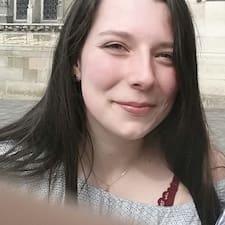 Carla-Luisa felhasználói profilja