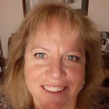 Потребителски профил на Becky