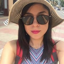 Alejandra es SuperAnfitrión.