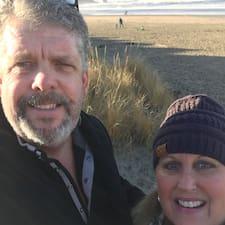 Darrell And Debi - Uživatelský profil