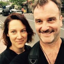 Geoff And Tanya Brukerprofil