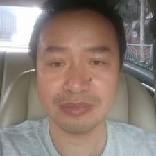 Nutzerprofil von 坚
