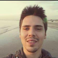 Profil Pengguna Massimiliano