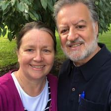 David And Marlene es SuperAnfitrión.