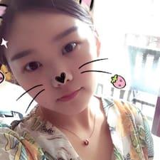 荧滢 User Profile