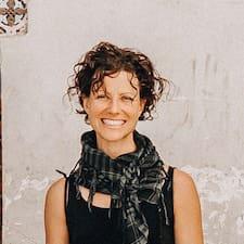 Daniella Brugerprofil