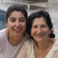 Raquel Y Carolina es SuperAnfitrión.