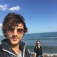 โพรไฟล์ผู้ใช้ Riccardo