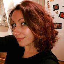Profil Pengguna Suzanna