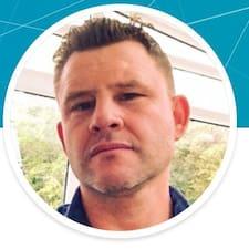 Frederic felhasználói profilja
