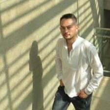 Profil utilisateur de Tzongshien