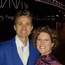 Brendan And Natalie felhasználói profilja