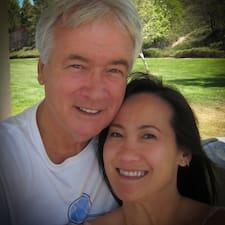 Mark And Deborah es un Superanfitrión