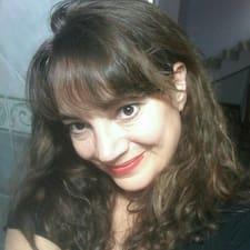 Mónica Cecilia — суперхозяин.