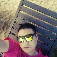 德玥 felhasználói profilja