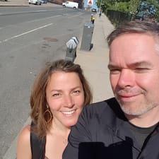 Nutzerprofil von James And Elizabeth