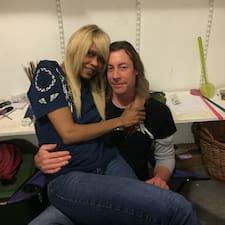 Nutzerprofil von Christian, Cecelia Husband And Wife