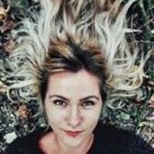 Profilo utente di Alexandra