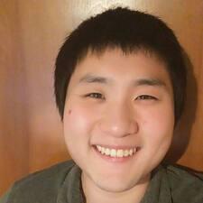Buyng Je felhasználói profilja