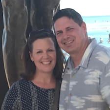 Jeff & Tammy is a superhost.