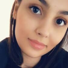 Clara felhasználói profilja