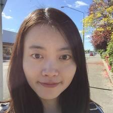 Evelyn User Profile