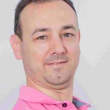 Profil Pengguna Enrique Samer