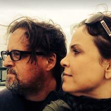 Brad + Suzanna User Profile
