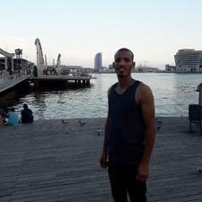 Abdelhakim的用戶個人資料