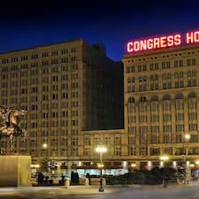 Henkilön Congress Plaza Hotel käyttäjäprofiili