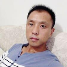 Profilo utente di 柯