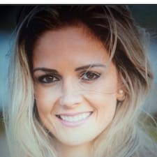 Profil Pengguna Júlia Beatriz