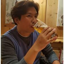 지훈 felhasználói profilja
