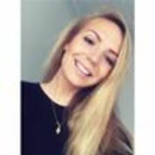 Profilo utente di Agnes Marie