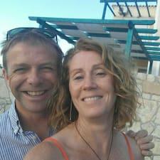 โพรไฟล์ผู้ใช้ Michelle & Steve