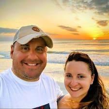 โพรไฟล์ผู้ใช้ Jason&Audrey