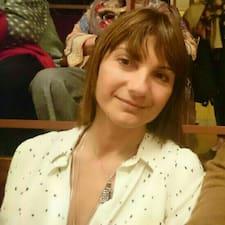 Andrea Paola User Profile