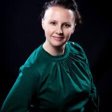 April Brugerprofil