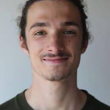 Profil Pengguna Eliott