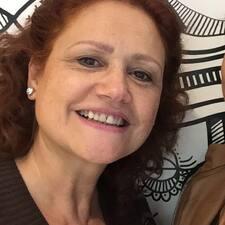 Silvana es SuperAnfitrión.