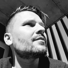 Chris-Tschän的用戶個人資料