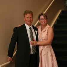 David & Eileen je Superhost.