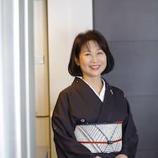 Dowiedz się więcej o gospodarzu Yumiko