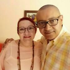 Emy Y Romulo