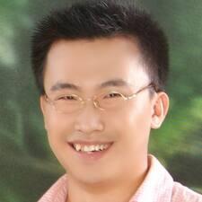 โพรไฟล์ผู้ใช้ Xin Yao